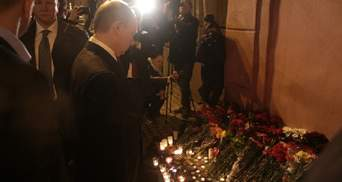 На місце теракту у Санкт-Петербурзі приїхав Путін: відео та фото