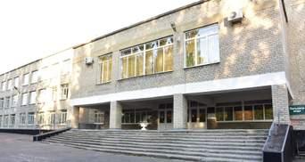 Террористы обстреляли школу с детьми в Марьинке