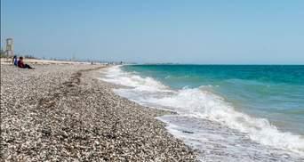 Скоро сезон: в мережі показали фото найкращого пляжу окупованої Євпаторії