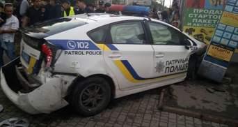 Поліцейська машина скоїла подвійне ДТП у Одесі: є потерпілі