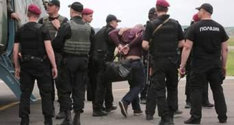 Як затриманим екс-податківцям вдасться уникнути тюрми: версія журналіста