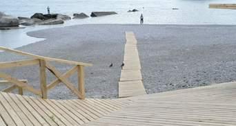 Ждут туристов. В сети показали фото непутевого ремонта пляжа в оккупированном Крыму
