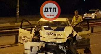 Масштабна аварія в Києві: водій на швидкості врізався в машину поліції, є постраждалі