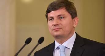 У Порошенка назвали умови, за яких законопроект про деокупацію Донбасу надійде до ВР