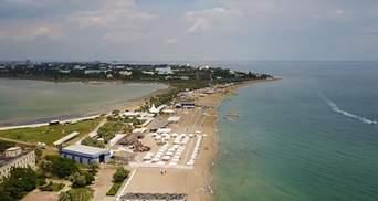 Безлюдні пляжі Криму зняли з дрона: порожнеча вражає