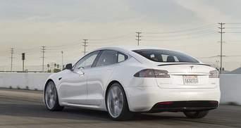 Электромобиль Tesla установил рекорд поездки без подзарядки
