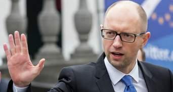 Константіновський іде з парламенту, щоб звільнити дорогу Яценюку, – експерт