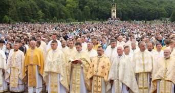 На всеукраїнську прощу до Зарваниці приїхала рекордна кількість прочан