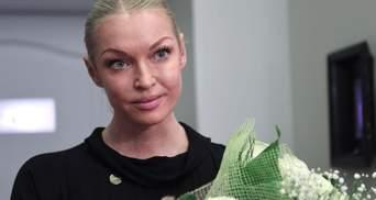 Главное, чтобы меня в Россию пустили, а остальные – неважно, – Волочкова о визите в Крым