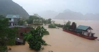 Повінь у В'єтнамі забрала життя 26 людей