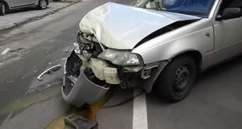 ДТП в центре Киева: водитель разбил пять автомобилей и скрылся с места аварии