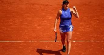 Теннис: Свитолина разгромила россиянку и пробилась в 1/8 престижного турнира