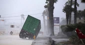 Число жертв урагана в Техасе возросло до 30