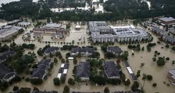 Разрушительная стихия в Техасе: на химзаводе у Хьюстона произошли взрывы
