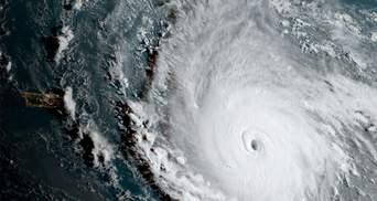 """Во Франции подтвердили информацию о первых жертвах урагана """"Ирма"""""""