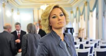 Вдова Вороненкова получила государственные награды из рук Кравчука и Филарета