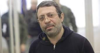 Слідом за Саакашвілі до України може повернутися ще один політик
