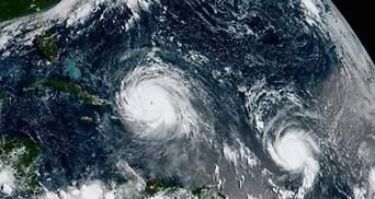 """Ураган """"Мария"""" в Атлантике получил самый высокий уровень опасности"""