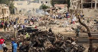 В результате двойного страшного теракта в Сомали уже погибли 189 человек