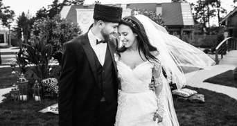 Любить: Джамала трогательно поздравила мужа и подготовила сюрприз для фанатов