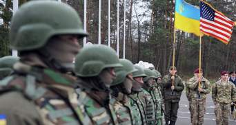 США не спешат предоставлять оружие, так как имеют предостережение относительно Украины, – экс-глава СБУ