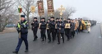 В России гаишники устроили крестный ход против ДТП
