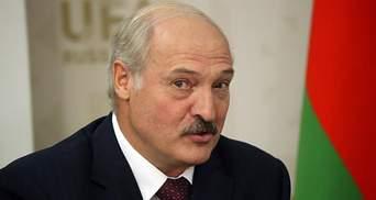 """""""Бацька"""" розігнався на Tesla: Лукашенко заявив про швидкість, якої не існує в природі"""