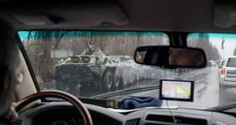 Величезна колона військової техніки бойовиків покинула Луганськ: з'явилось відео