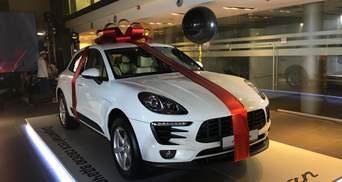 Новенький Porsche Macan разыграли среди клиентов дилера