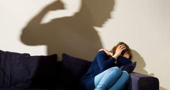 """Украина приняла """"неправильный"""" закон о противодействии домашнему насилию"""