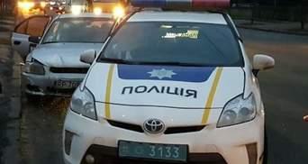 У Києві таксист під наркотиками протаранив авто поліцейських: є постраждалі
