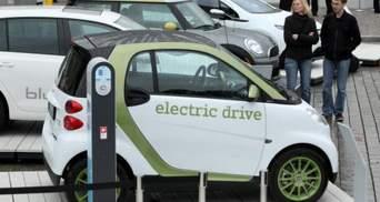 Електромобілі вперше переплюнули звичайні авто за показником продажів