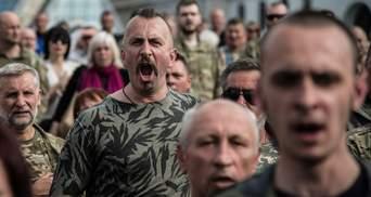 """Відбувся допрем'єрний показ стрічки """"Міф"""" про Василя Сліпака, який загинув на Донбасі"""