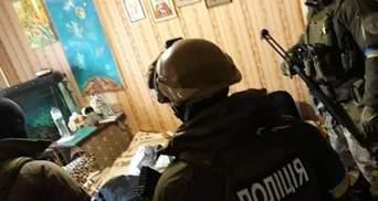 В Киеве правоохранители провели блестящую спецоперацию: задержана банда, которая подорвала полицейских в Днепре