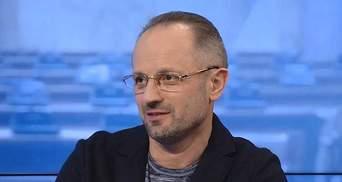 Безсмертный объяснил, для чего Россия оккупирует территории других государств