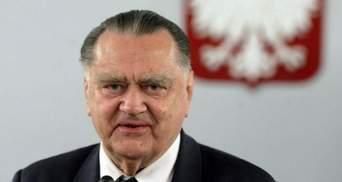 Бандера не причетний до Волинської трагедії – екс-прем'єр Польщі