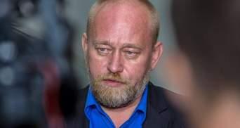 Тимчук вказав на незвичний факт затримання Рубана на КПВВ зі зброєю
