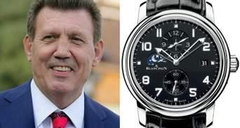 Одіозний нардеп Ківалов прийшов на роботу з годинником за 16 тисяч доларів: фото