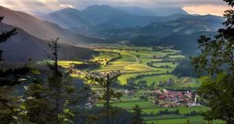 Казкові замки та природа: фото Словенії підкорили мережу