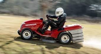 Honda випустила надпотужну газонокосарку, яка може розігнатися до 215 кілометрів на годину