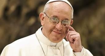 Папа Римский извинится перед жертвами епископов, которых подозревают в сексуальном насилии