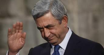 Премьер-министр Армении Саргсян может бесконечно править страной, – журналист