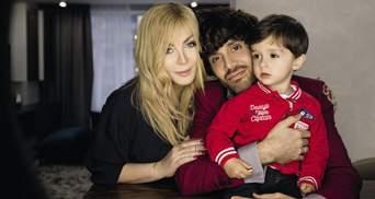 Ирина Билык с маленьким сыном и мужем впервые снялись для глянца: фото