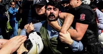 В Стамбуле полиция задержала около сотни человек во время протестов