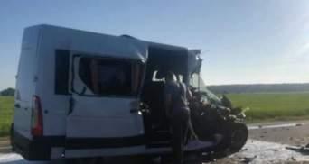 Смертельна ДТП з українськими дітьми у Білорусі: водія мікроавтобуса затримали