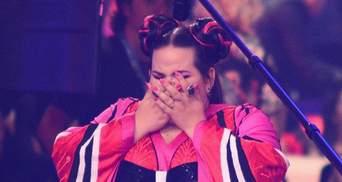 Нетта Барзілай впала зі сходів перед отриманням кубку переможця Євробачення 2018: відео