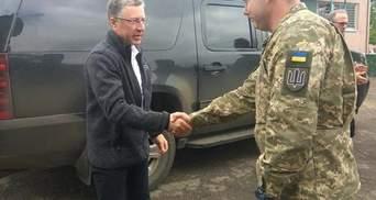 Волкер прибув на Донбас та проводить переговори з Наєвим
