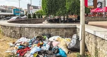 В Киеве ромы поселились у вокзала, бьют прохожих и оставляют горы мусора: красноречивые фото