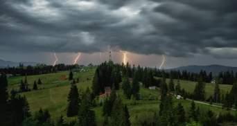 Ураган и сильные ливни: непогода натворила бед на западе Украины