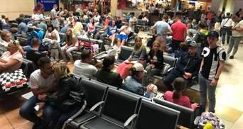 Часть туристов вернулась из Туниса, – МИД